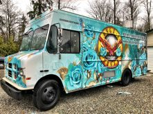 Dogs N Roses food truck wrap