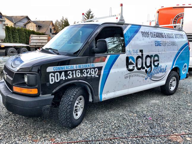 On The Edge van wrap